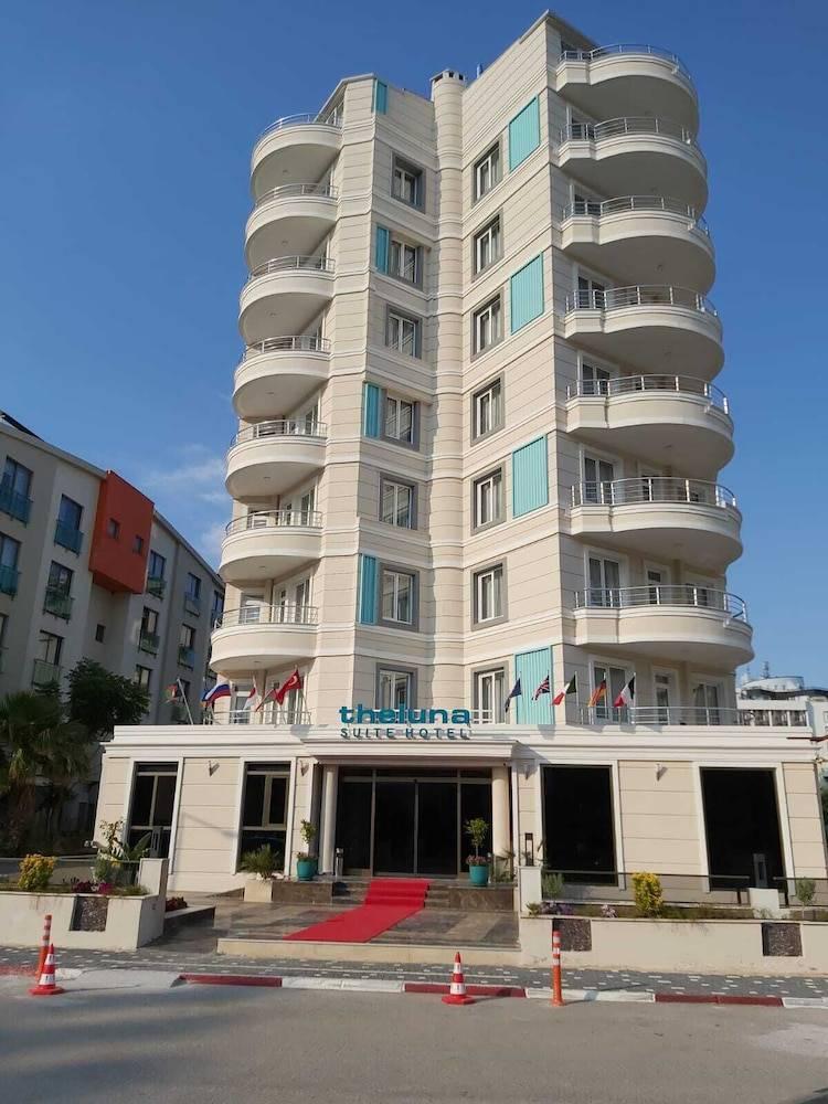 The Luna Suite Hotel