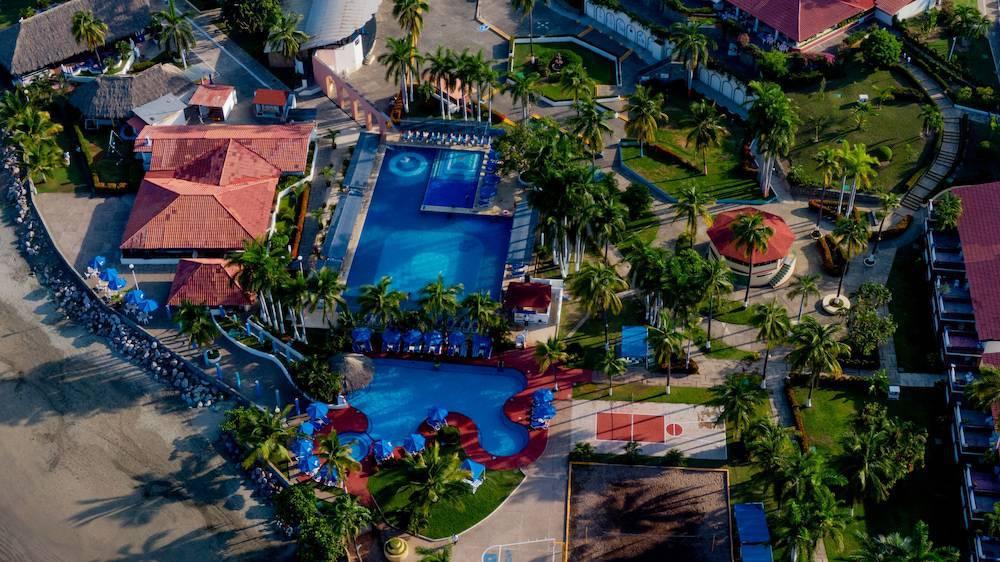 Hotel Qualton Club Ixtapa